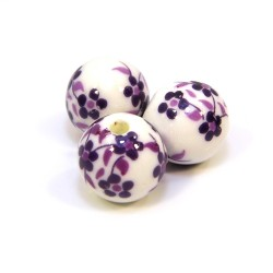 Порцелянові намистини ручної роботи, 12мм в діаметрі, білі з фіолетовими квіточками