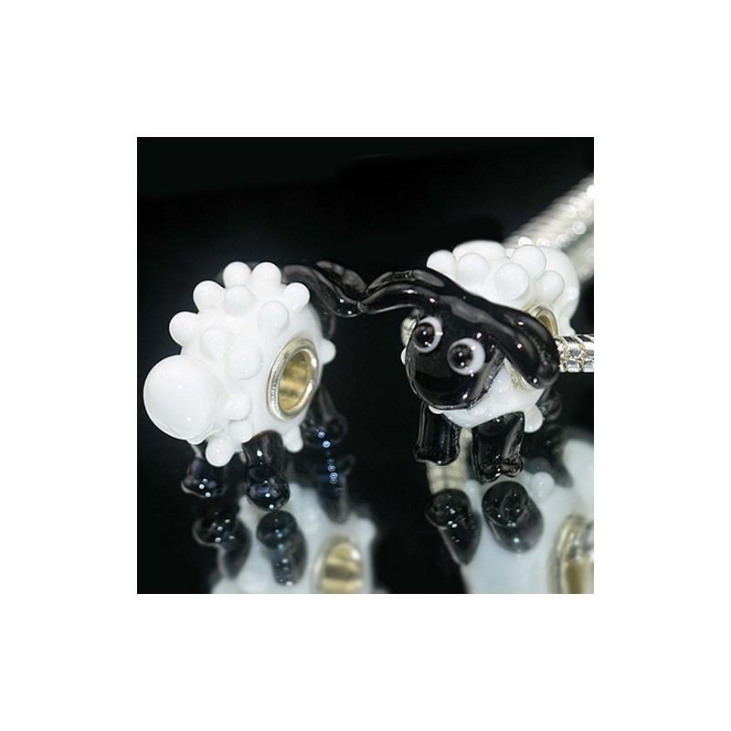 "Бусина Овечка Пандора ""Премиум"", лэмпворк, 17х22х17 мм, белая с черным"