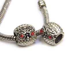 Намистини Сови, металеві зі стразами, 9х10 мм, сталеві з червоними очима